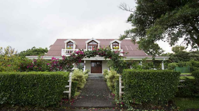 house on Lake Arenal for sale
