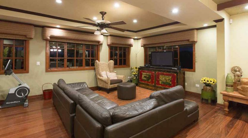 homes for sale on Lake Arenal