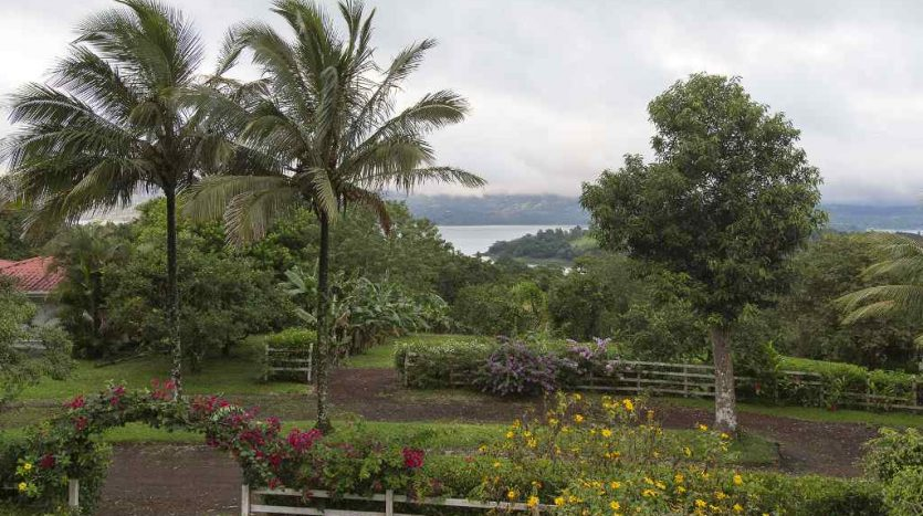 Lake Arenal view property for sale