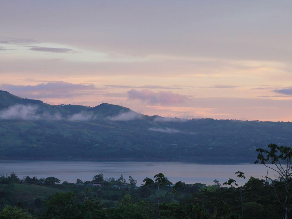 volcano view lake arenal